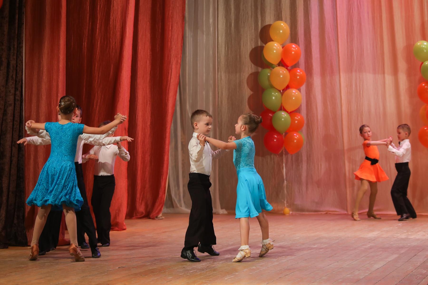 """Школа танца СТК """"Идеал"""""""